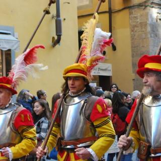 Calcio in Costume.. or boys in tights